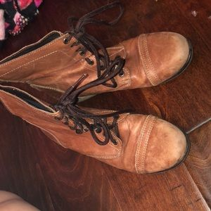 Cute brown combat boots Steve Madden size 8